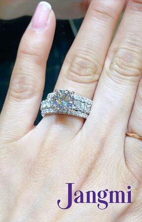 2ct round cut diamond on our love princess platinum setting.