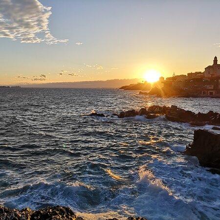 Province of Genoa, Itálie: Tramonto di Genova
