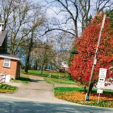 New Stanton, Pensilvanija: Old historical schoolhouse in Middletown