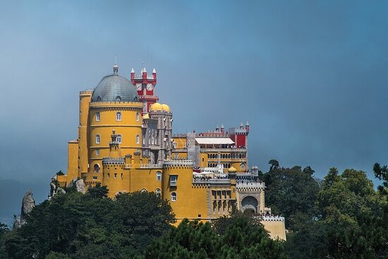 Full-Day Private Tour of Sintra...