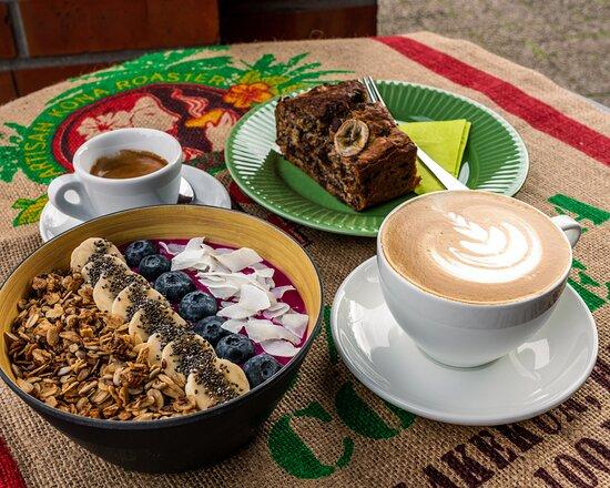 Gesunde Smoothie Bowls und leckere Kaffeespezialitäten