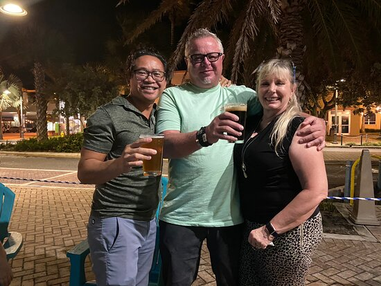 Napa Beach Bubbles Bar