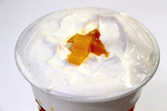 芒芒堅果奶蓋茶 ($42)