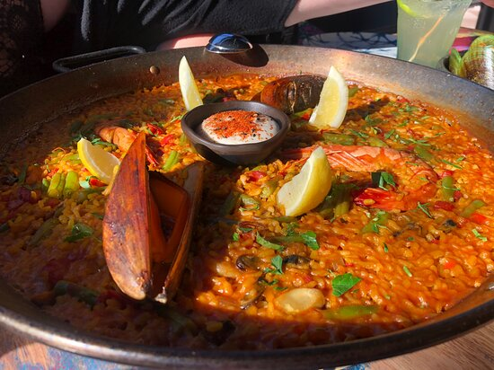 The paella was the highlight of our meal and well worth the wait.