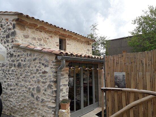 Vaucluse, Pháp: Rustrel