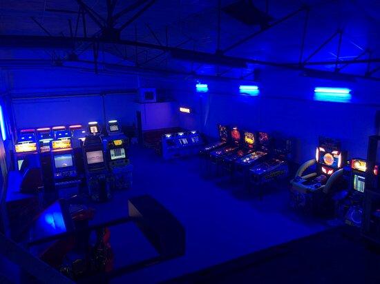 Nivelles, Belgique : Salle d'arcade de Gate Ninety World