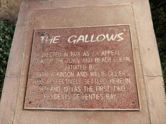 Hentiesbaai, Namibia: Gallows monument