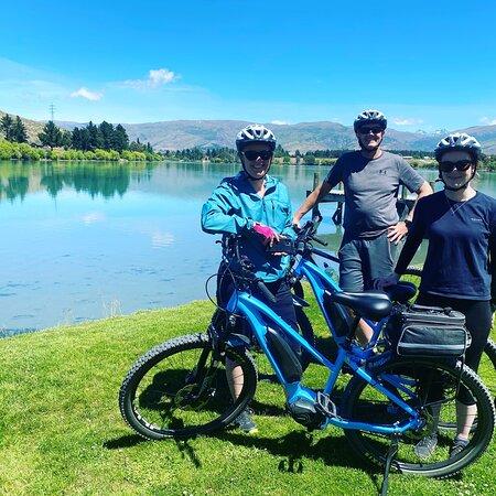 E-Biking the Lake Dunstan Trail