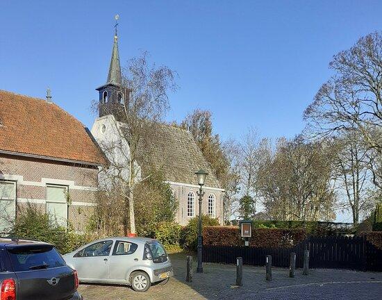 Kerkje Markenbinnen