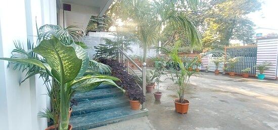 Goalpara, الهند: Entry to the teception