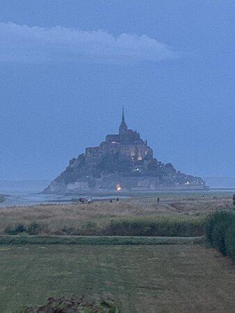 superbe vue depuis les chambres sur le Mont Saint Michel