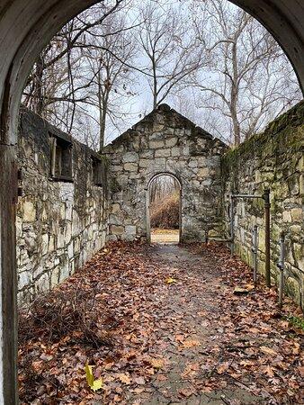 Great Hiking Trail & Ruins