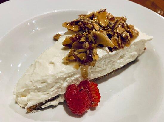 Tlell, Canadá: Almond & Honey Cheesecake