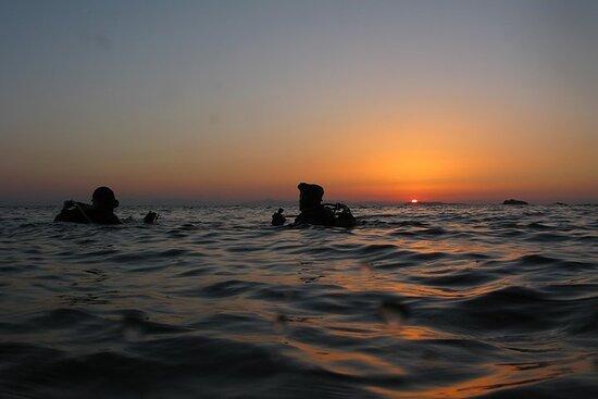Eventyrdykk for sertifiserte dykkere i Nea Makri, Athen