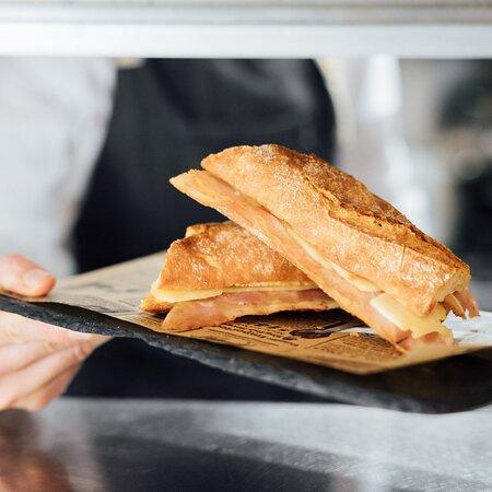 Restaurante en Vallcarca   Almuerzos y desayunos