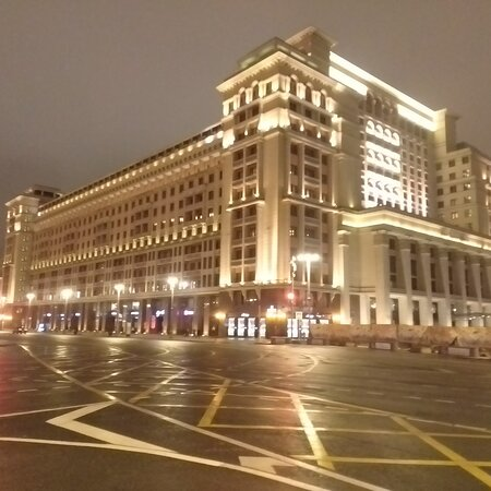 Тот самый Four Seasons Hotel Moscow в котором квартира у Чемезова в 1,4 т.кв.м благодаря Навальному отыскалась...