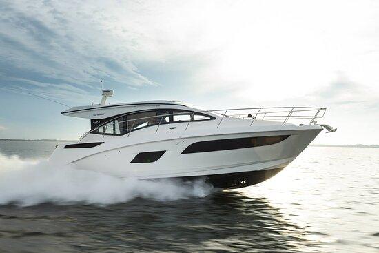 Yacht Hampton Boat Rental