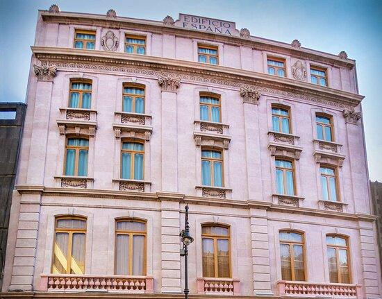 Umbral, Curio Collection by Hilton, hoteles en Ciudad de México