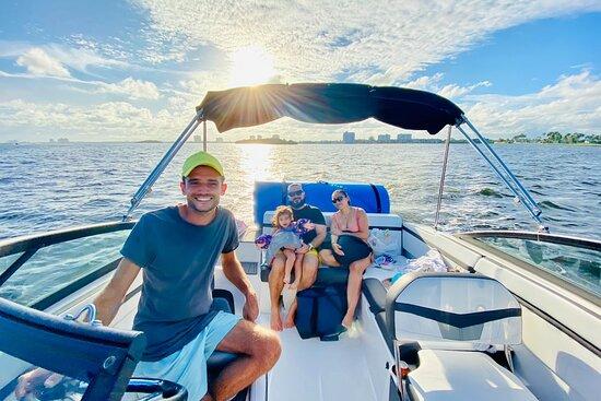 Aquarius Boat Rental