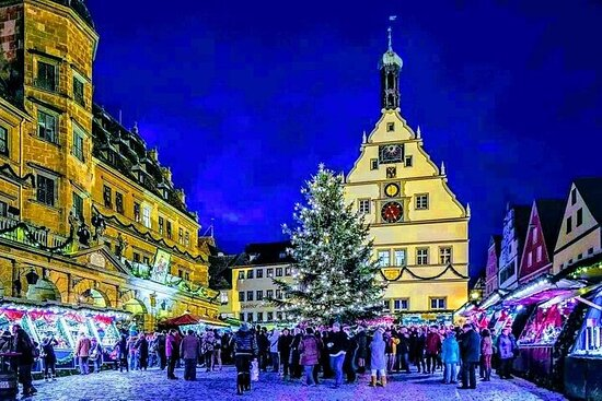 Magical CHRiSTMAS MARKETS along the ROMANTIC ROAD from Munich to...