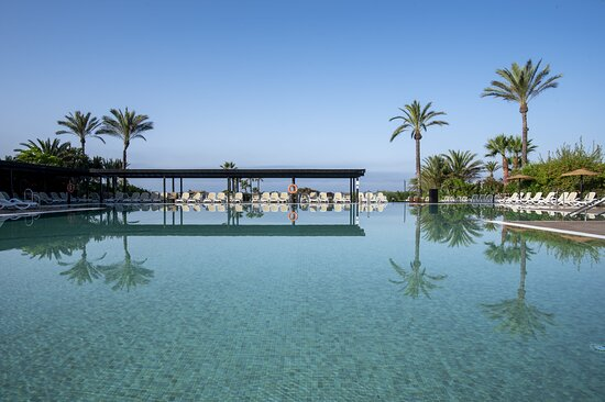 Impressive Playa Granada