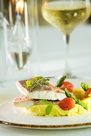 Thyme baked snapper
