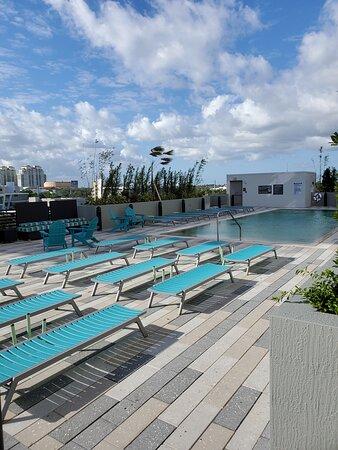 5th floor elevated pool deck