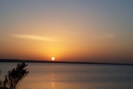 Un atardecer en la laguna de Hergla Sousse.