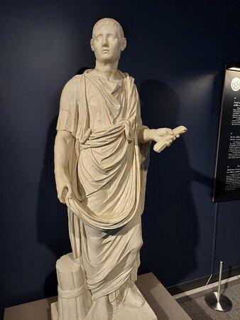 A Roman citizen-  statue from Pompeii