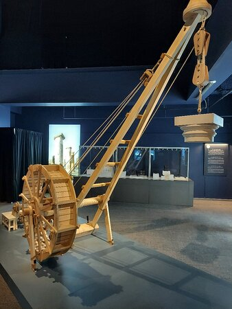 A replica of a crane used to erect buildings in Pompeii