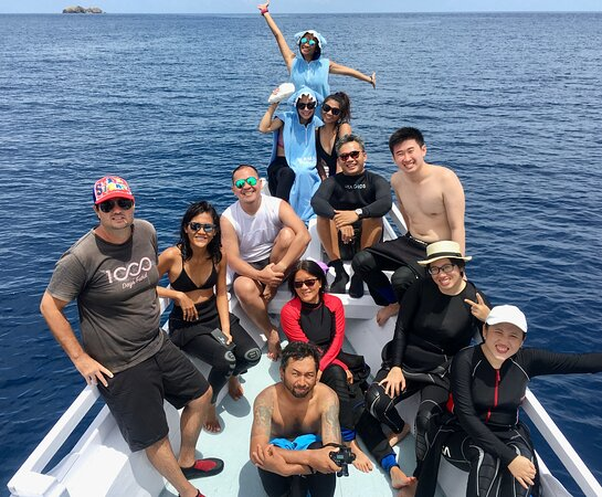 Fun Dive for Certified Divers (3 dives or 2 dives + trekking): THE GUEST