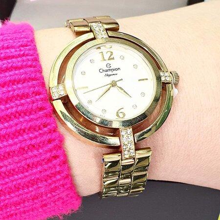 ♀️ Relógio Champion R$330,00 💳 Parcelamos em até 20x 📲 (51)99506 2504 🌍 laplatarenoveseubrilho.com.br 📦 Frete grátis . . . #capaodacanoa #laplatarenoveseubrilho #joia #aliancas #anel #relogio #brincos #ouro #prata #pulseira #bracelete #corrente #perfume