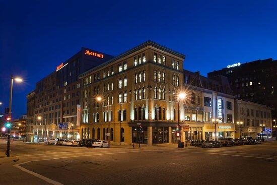 Milwaukee Marriott Downtown