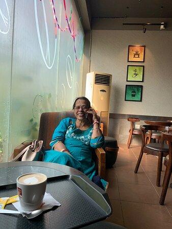 לאקנאו, הודו: CCD , FUN MALL, LUCKNOW