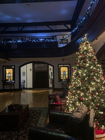 Charleston, IL: Lit up for Christmas