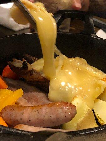 ラクレットチーズとお肉セット