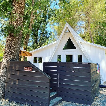 Cobb, CA: They have entire lodges available for a family or group. We stayed in one on our last visit. Very upgraded with new high-end kitchen appliances.
