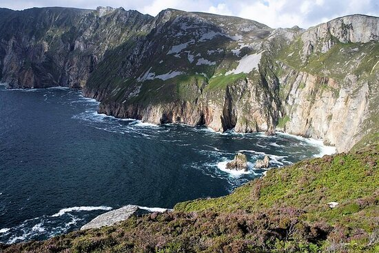 Slieve League cliffs cruise. Donegal. Guided. 2 ¾ hours.