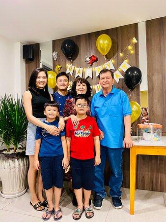 tiệc sinh nhật cô Kiệt và gia đình