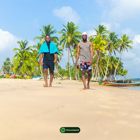 We started our Christmas on an Island in Ada😍, having to stay right by the estuary, dipping ourselves in both waters was a great feeling not to talk of the fun, the laughs, the bon fire night, boat cruise to other islands and everything. This getaway was so worth it.  Don't miss our next trip to Amedzofe(Volta Region) from 26th December, 2020, It's gonna be all mountains this Christmas😊