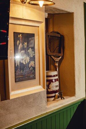 Cobbler's Bar Interior
