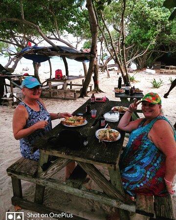 Negril Day Trip with Tiki Pon Da Sea experience.