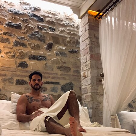 Cukurcuma Hamami, a renovated, wonderful spa, an unforgettable experience! Thank you all for make me feel as a King! 👏🏼👏🏼♥️🙏🏻🇹🇷