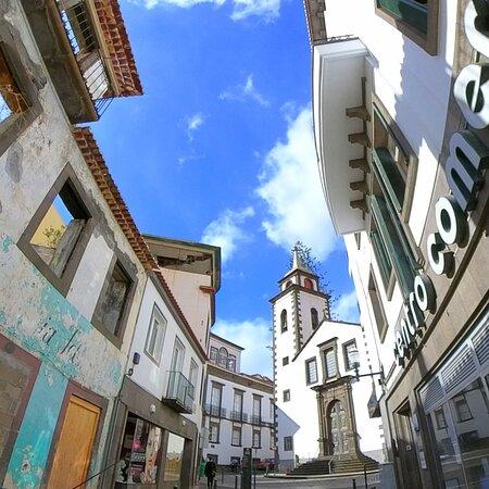 Igreja de São Pedro  Don't miss this tour: 𝘄𝘄𝘄.𝗳𝗲𝗲𝗹𝗶𝗻𝗴𝗺𝗮𝗱𝗲𝗶𝗿𝗮.𝗽𝘁/private-tours
