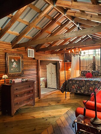 I have had the honor to theme and design Lands of OZ' latest entry into the Short Term Rental Market selecting original art and period pieces for The Love Lodge Lithia midway between Tampa and Orlando near Lithia Springs and the #1 Mountain Biking Trails in the State of Florida.  Romantic weekends that guests wish could stretch into forever!
