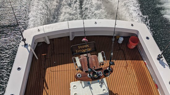 Sportfishing Charters - Tuna, Mahi, Wahoo & More: No one in our group could resist the temptation of sitting in the Hemingway chair while reeling in a fish!