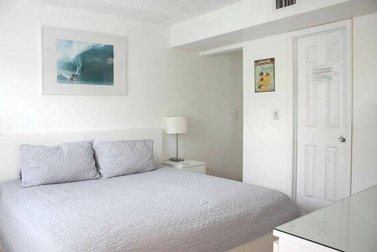 Cocoa Beach, FL: Bedroom at Dolphin Bay