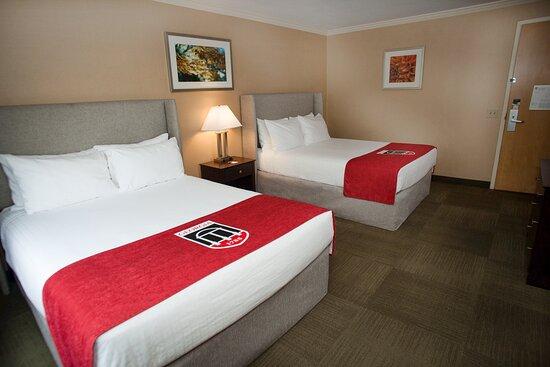 Vice President's Queen Suite - bedroom
