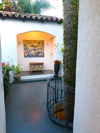 One of the cute courtyards