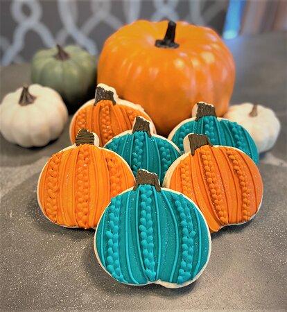 knitted pumpkin sugar cookies